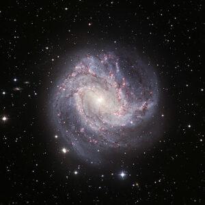 Messier 83 in Hydra