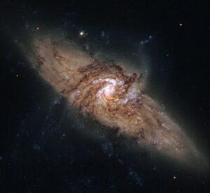 NGC 3314A en NGC 3314B in Hydra
