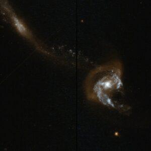 NGC 7714 en NGC 7715 in Pisces