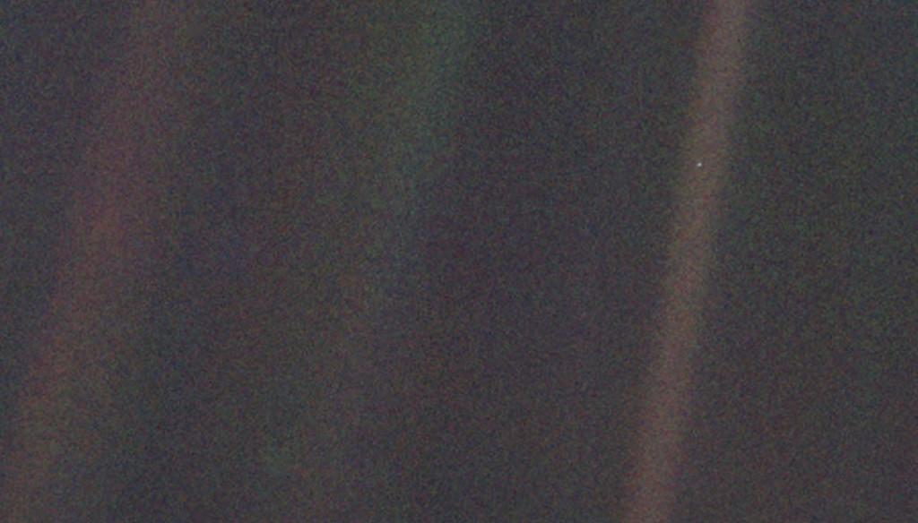 De originele Pale Blue Dot opname