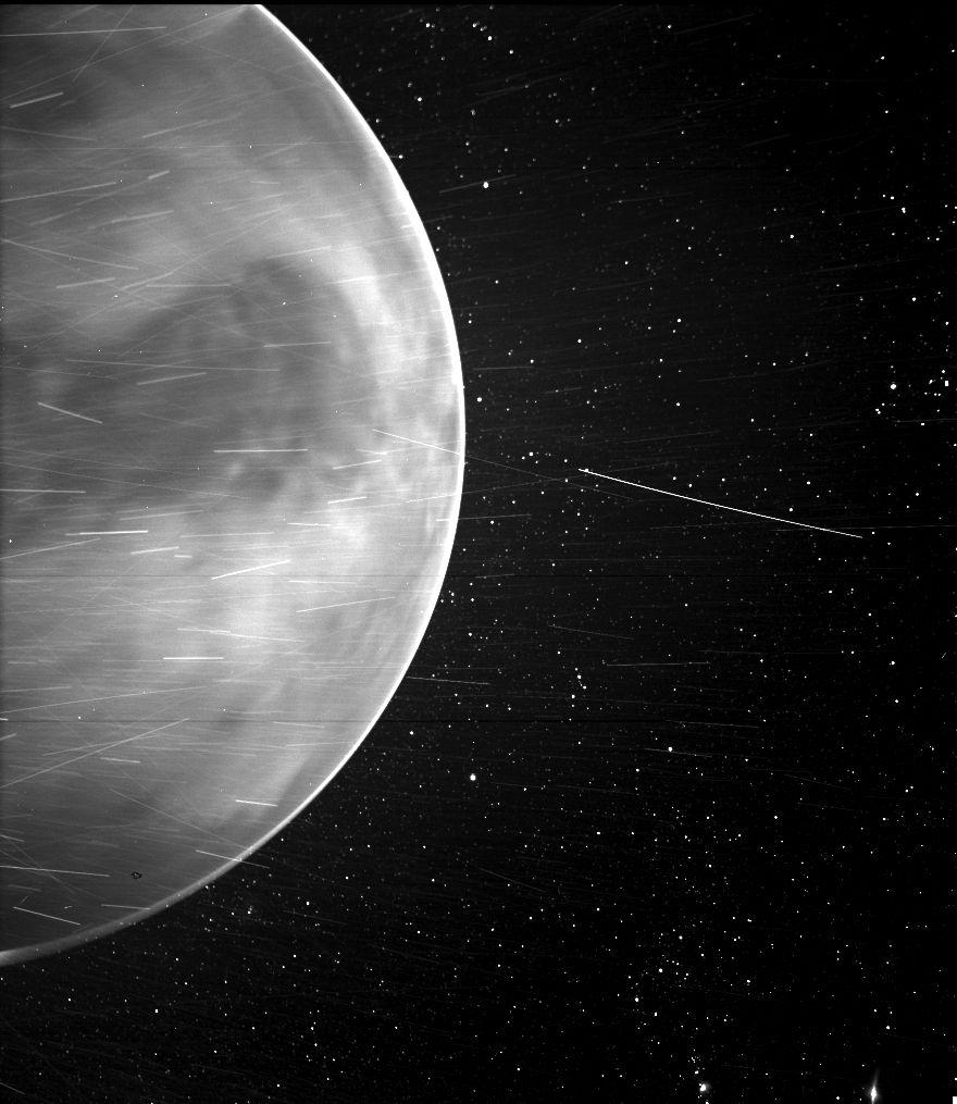 WISPR-opname van de nachtzijde van Venus