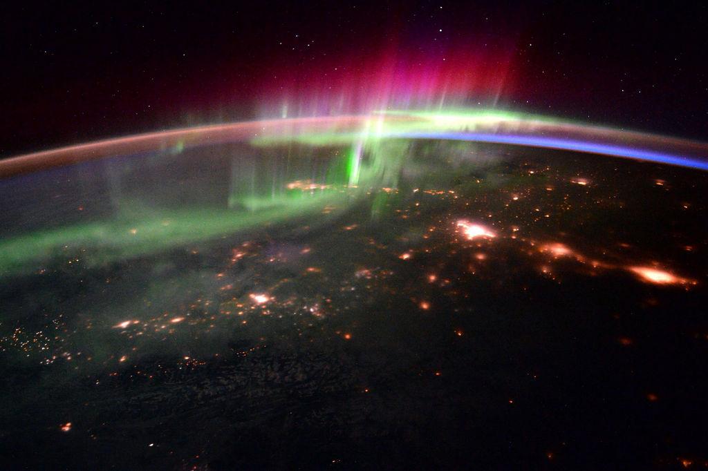 Poolicht gefotografeerd vanuit het International Space Station