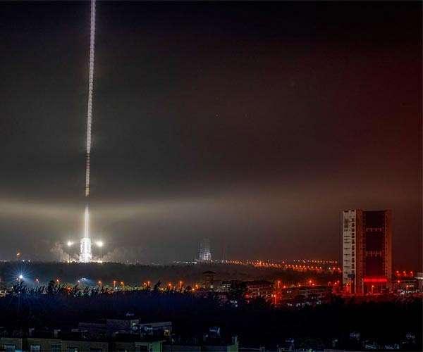 Nachtelijke lancering van de Lange Mars 7A op 12 maart 2021.
