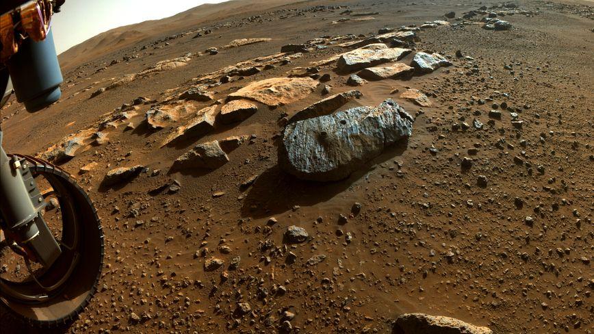 Rochette steen in de Jezoro krater op mars